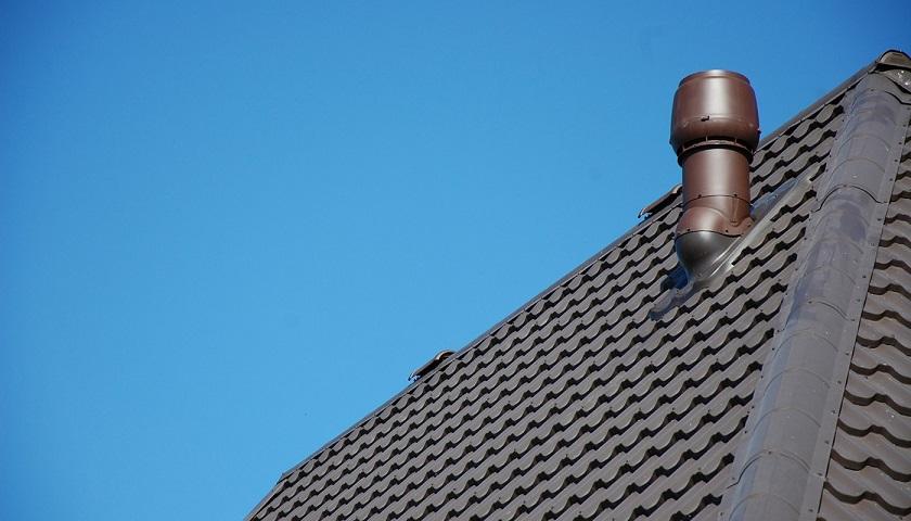 Вывод вентиляции на крышу своими руками